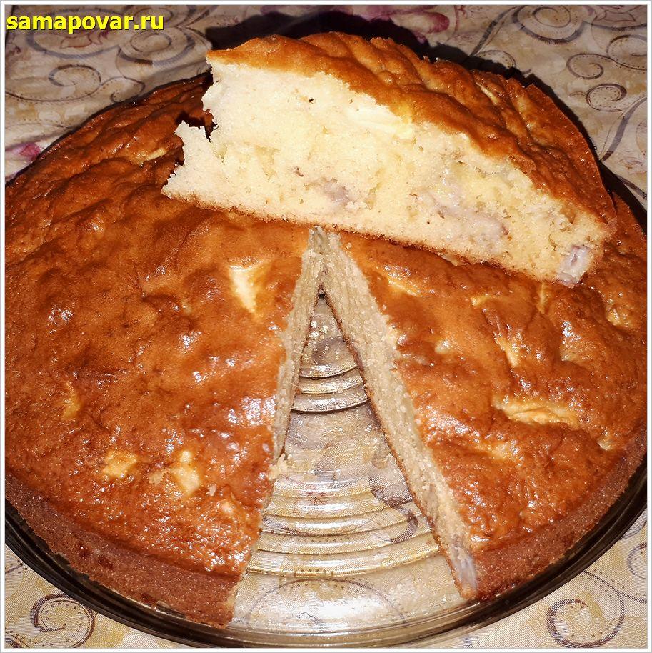 Пирог с яблоками и бананом