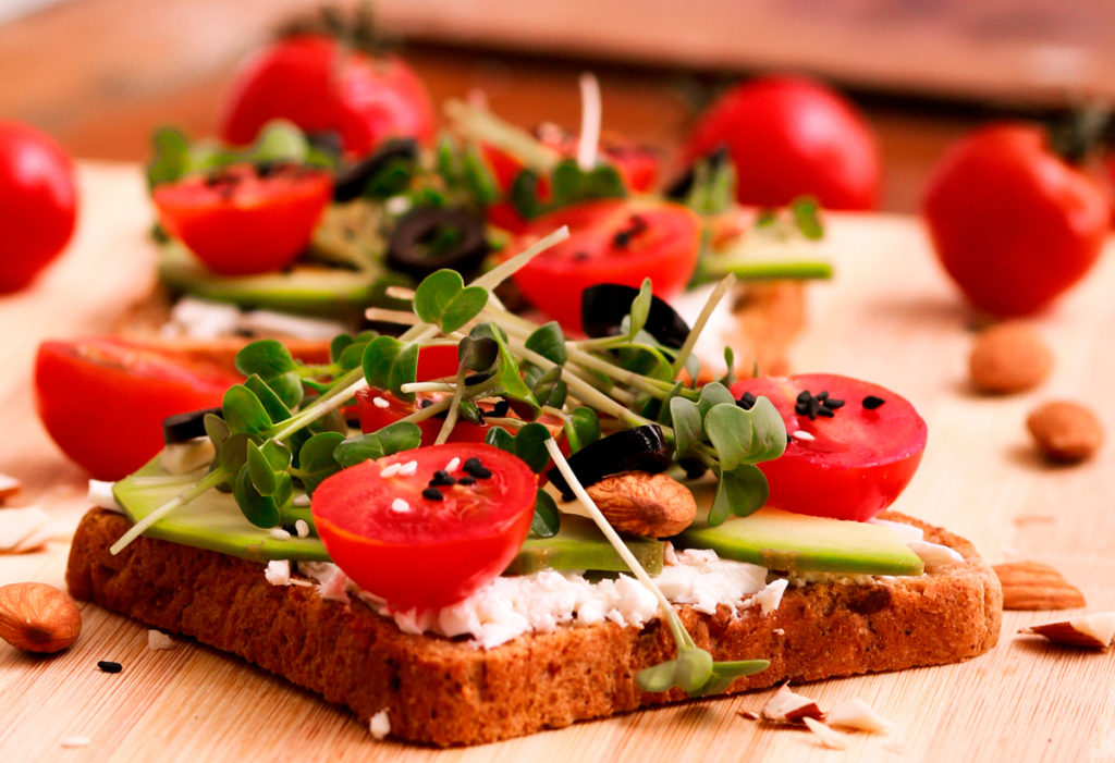 Сендвичи с микрозеленью